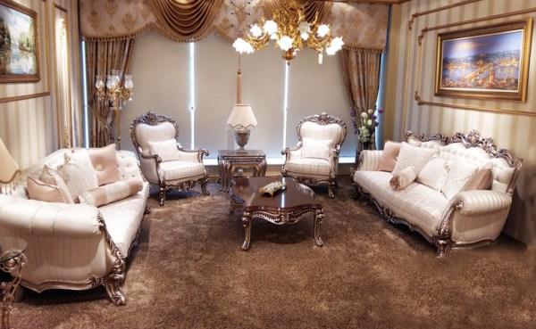 Sofa Mewah Ruang Tamu Klasik Latte