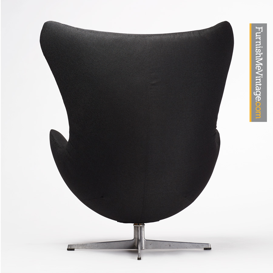 Black Arne Jacobsen Egg Chair