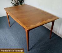 Rare Lane Acclaim Dining Table Mid Century Modern