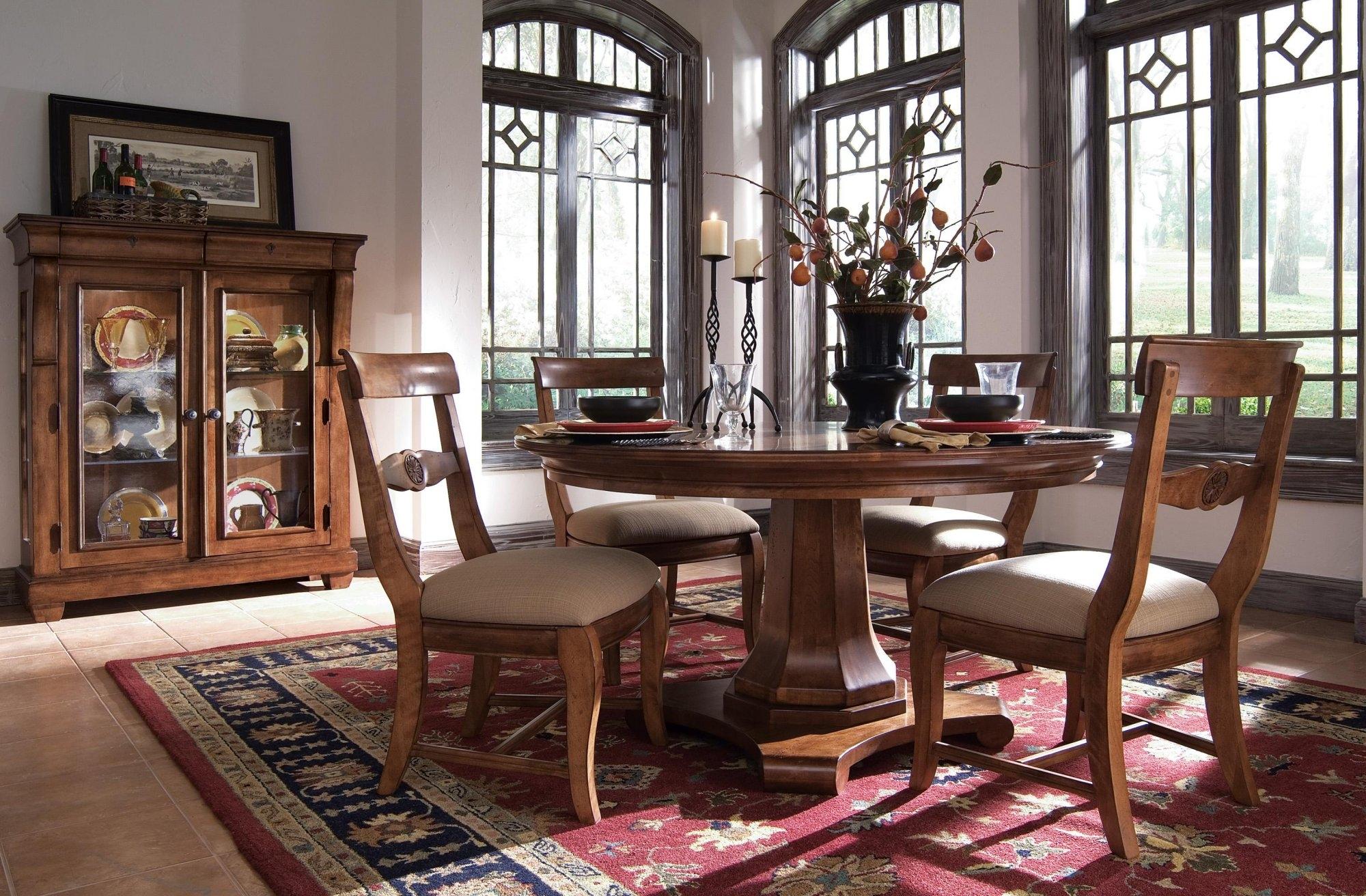 Kincaid Tuscano Dining Collection