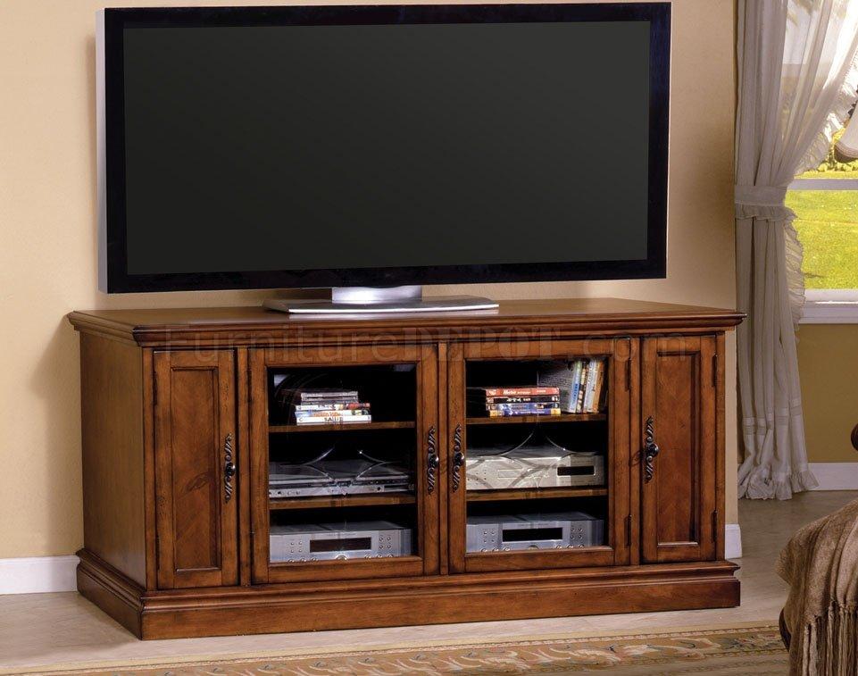 Cm5669 Miranda Tv Console In Antique Style Oak