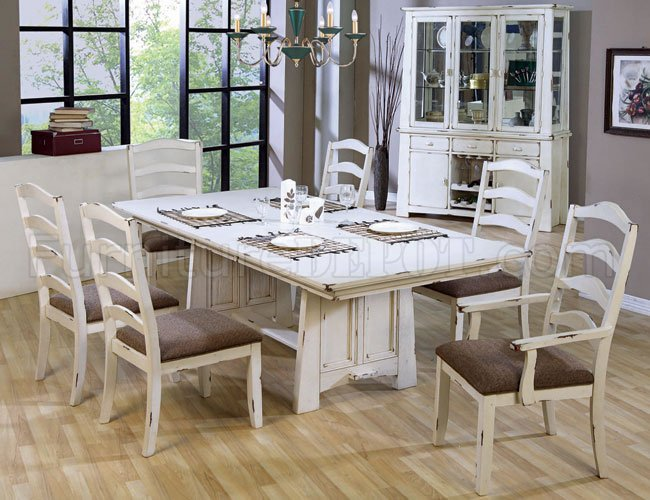 Distressed Wash White Finish Country Style Dining Set