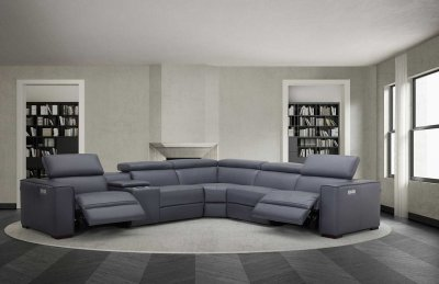 j m furniture