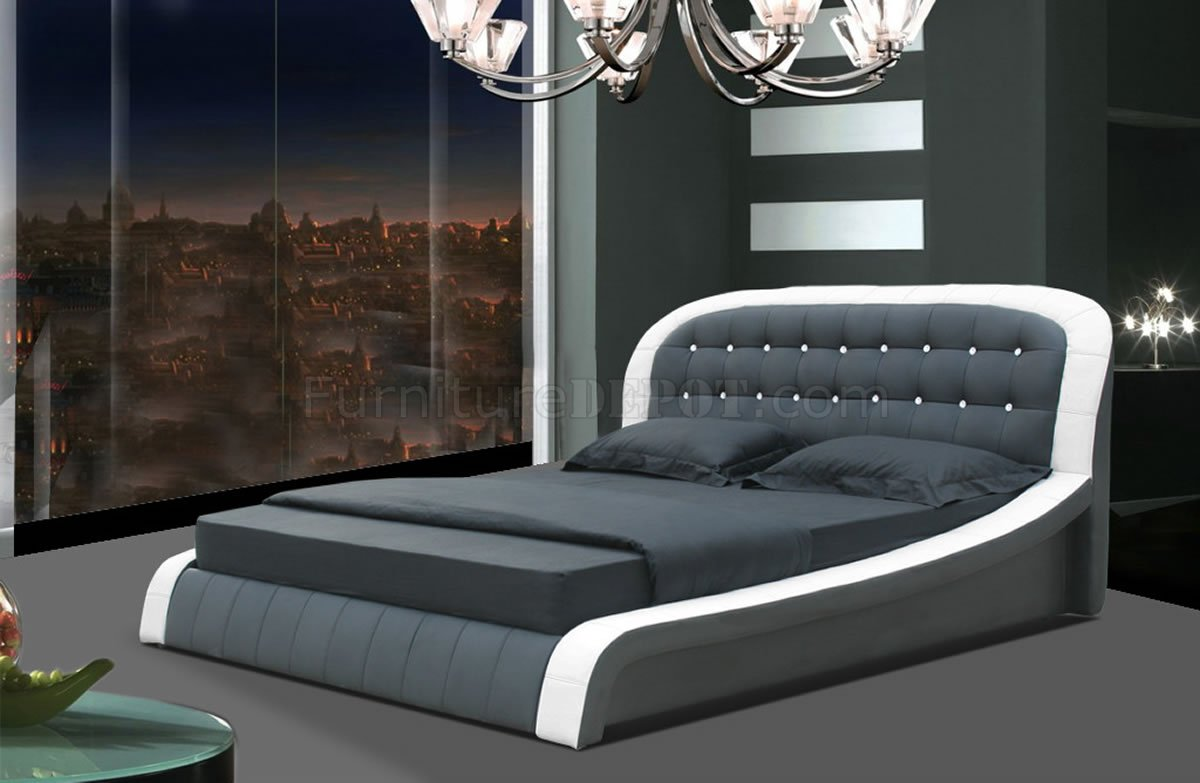White  Black Leatherette Modern Bed wButton Tufted Headboard