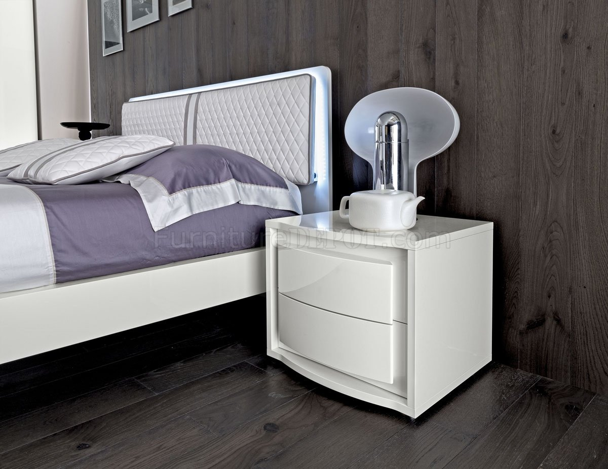 bianca futon sofa bed review charlie jardan dama bedroom by esf in white w optional case goods