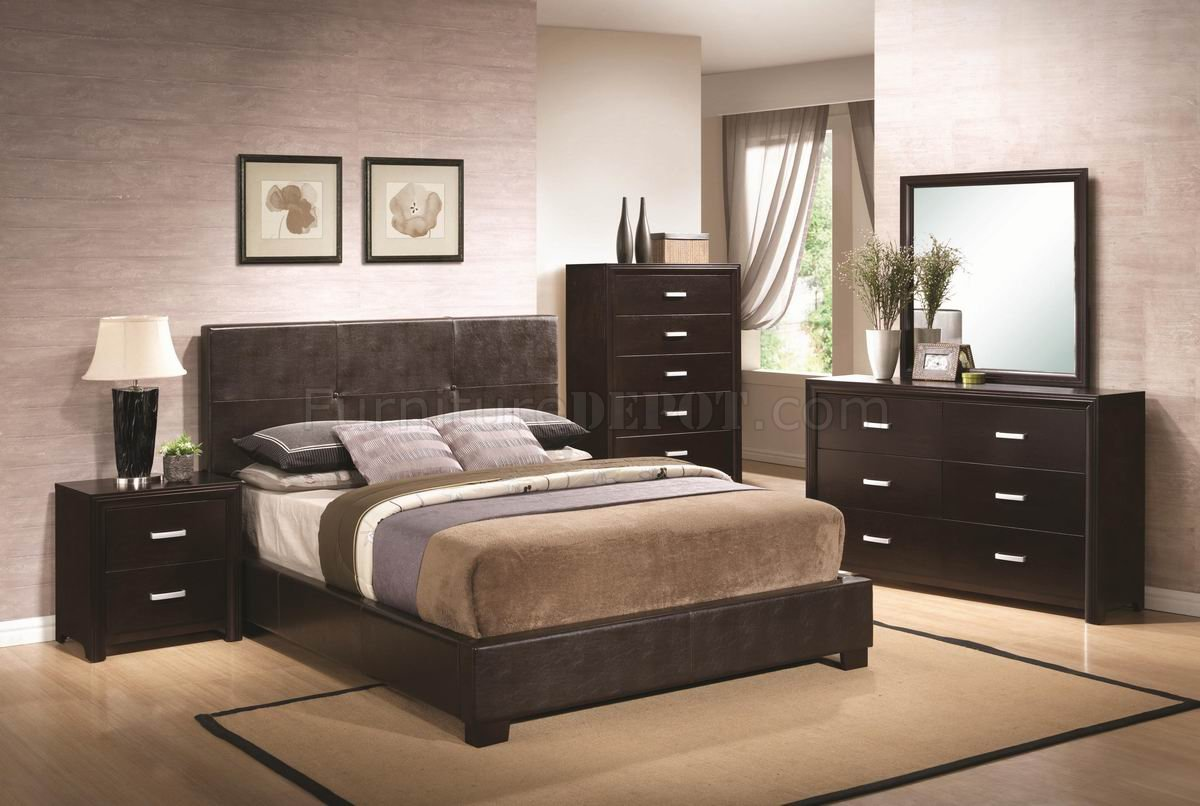 decorate living room black leather sectional best paintings for andreas 202470 bedroom in dark brown by coaster w/options
