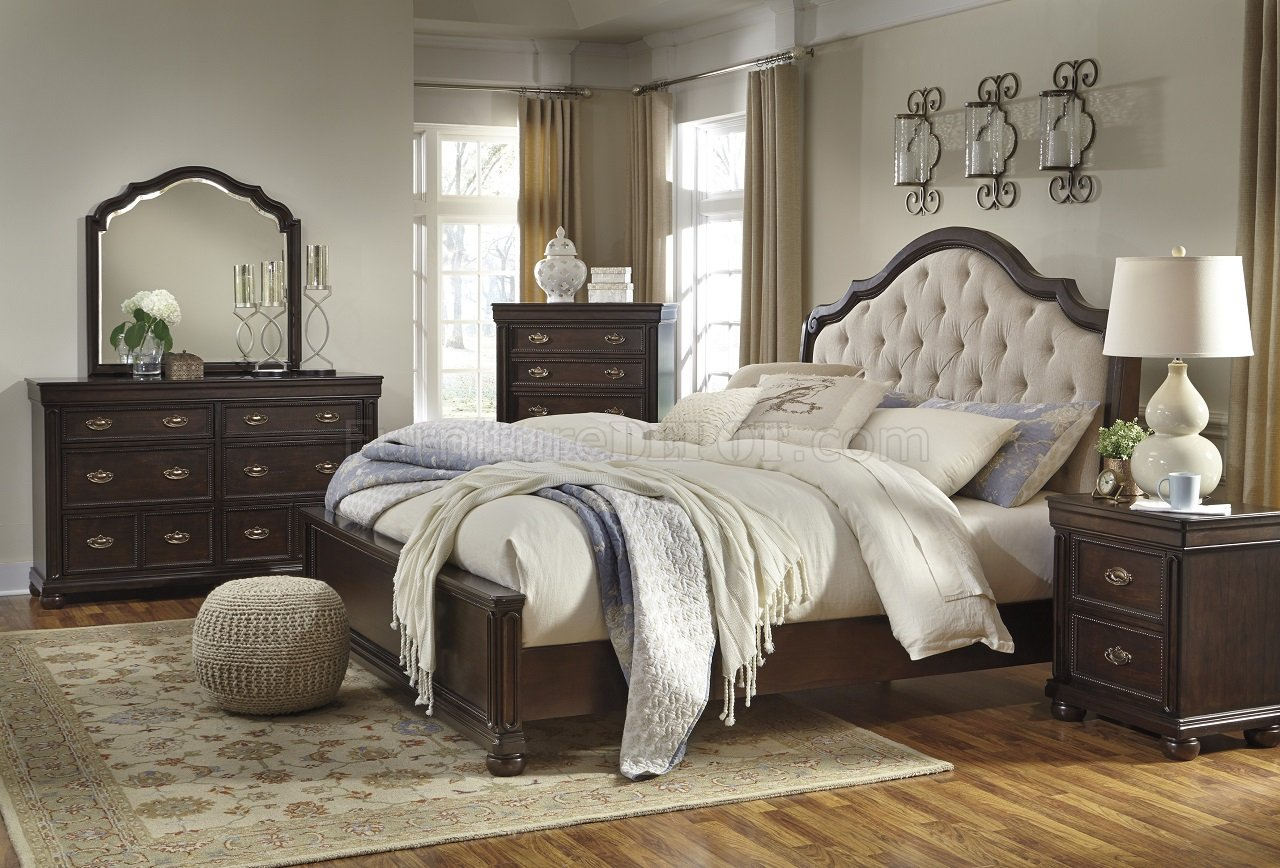 Moluxy 4Pc Bedroom Set B596 In Cherry Finish By Ashley