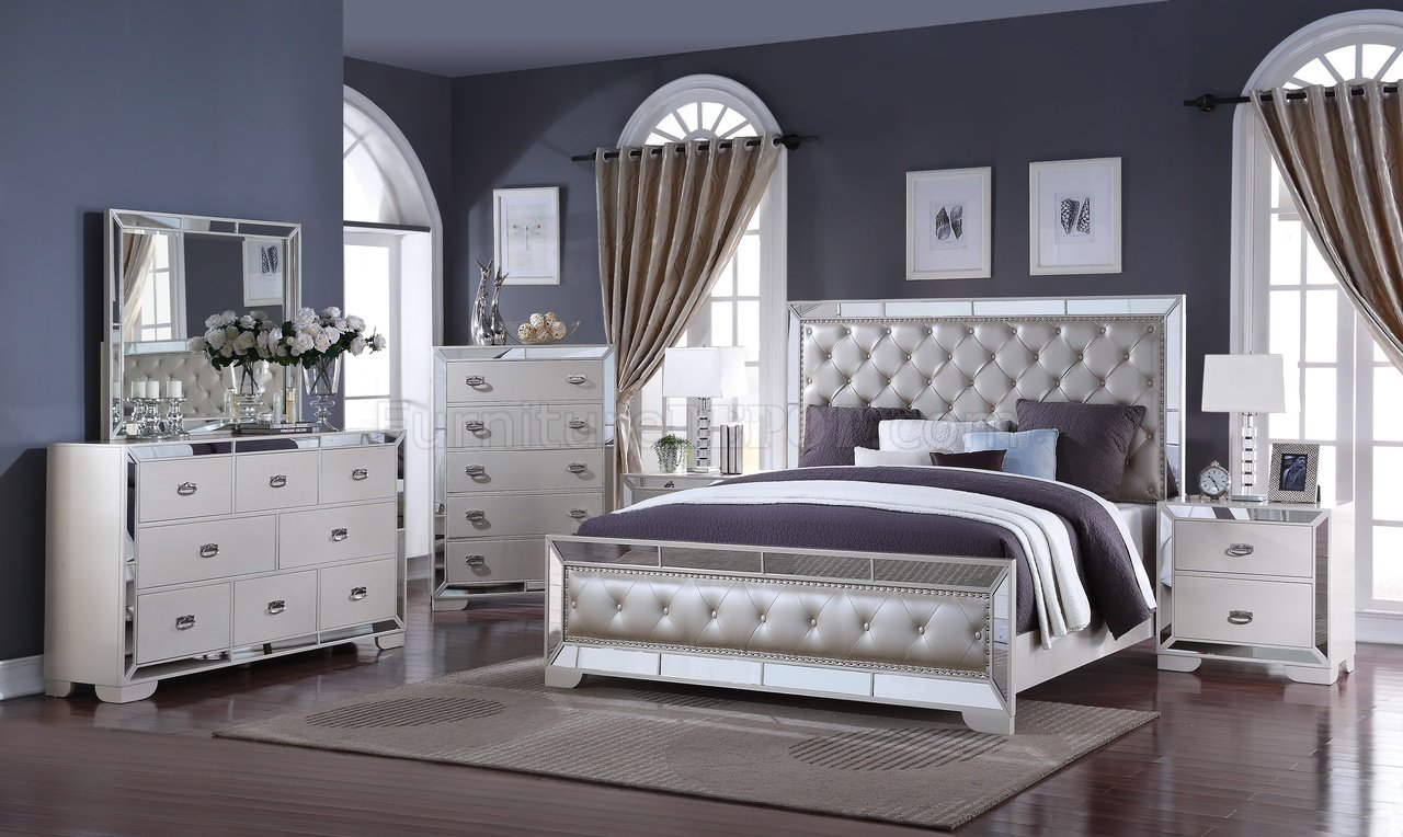 Gloria 5Pc Bedroom Set in Ivory wOptions