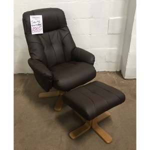 casino chair + stool