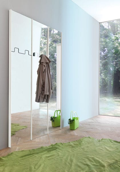 Gronda The Wall Mirror Clothes Hanger From Pallucco
