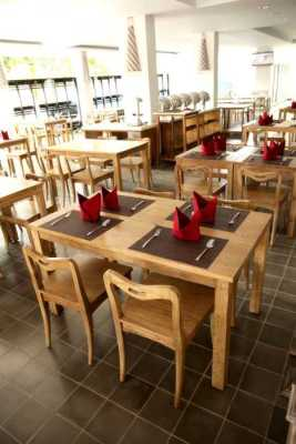 Furniture for restaurants projects