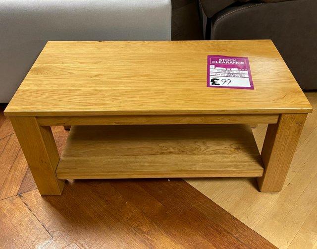 https www furnitureworld co uk oakland standard coffee table p6182