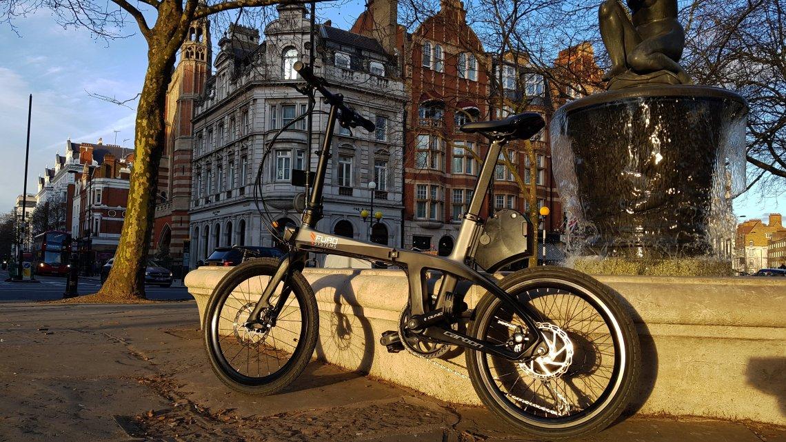 FuroSystems FX Vélo Pliant en Fibre de Carbone