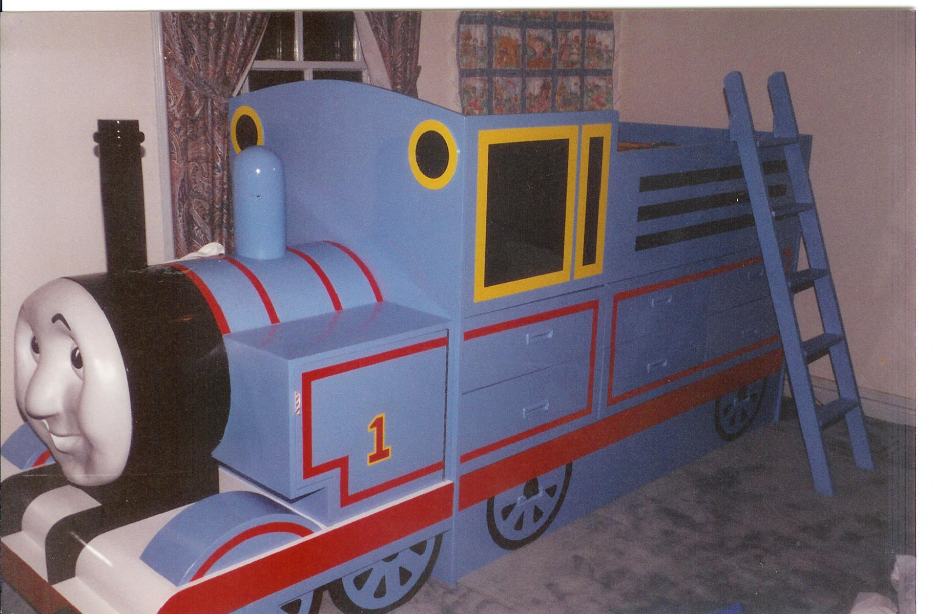 thomas the tank engine desk and chair stand up bed furst woodworking
