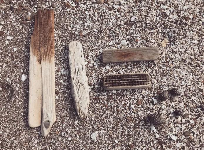 DIYやインテリアに生かすため拾ってきた海のゴミ-ふるものせいかつ図鑑