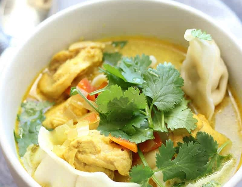 Crockpot Curry Chicken & Dumpling Soup