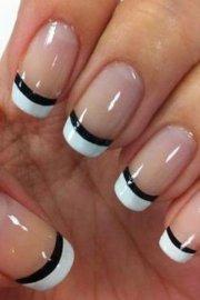 chic french manicure design