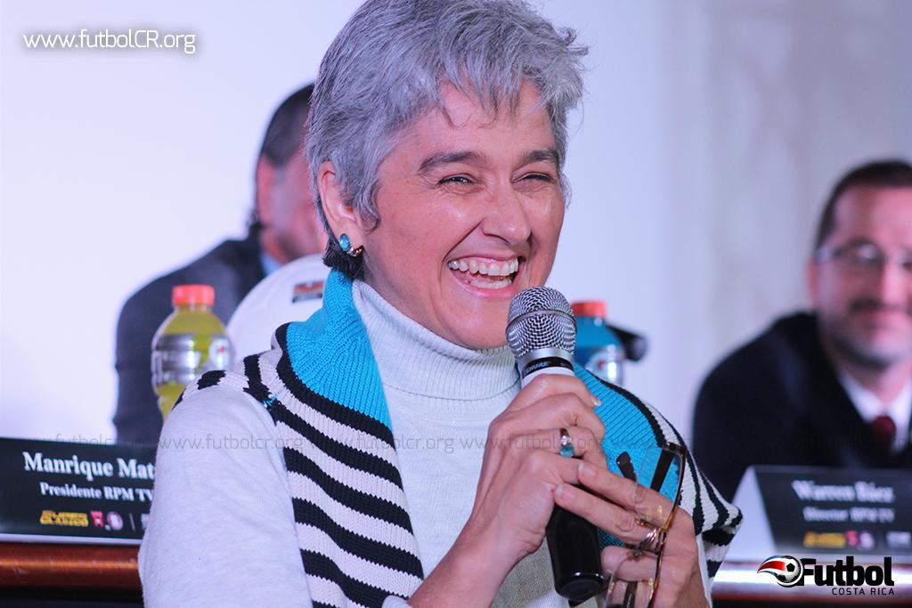 Maris Stella Fernández, presidente de SIFAIS, durante la presentación del III Super Clásico