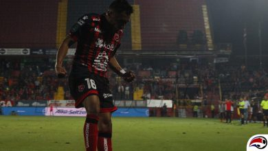 Photo of Alajuelense venció a un San Carlos con 10… 9…