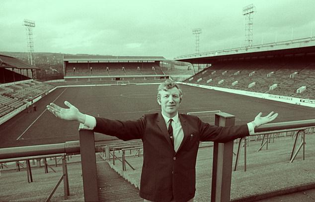 Derek-Dooley-leyenda-del-futbol-ingles