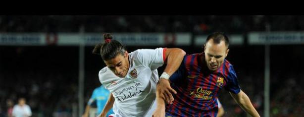 Martín Cáceres contra el Barcelona / Foto: lainformacion.com