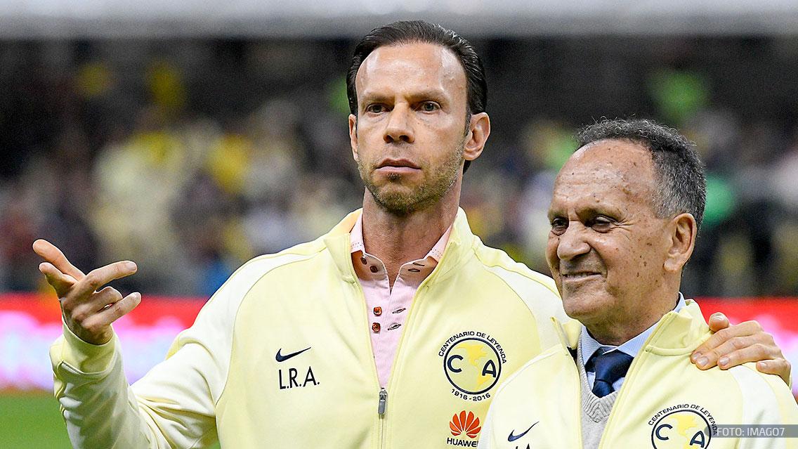 'Chicharito' Hernández felicita a Chivas por la obtención de la Copa