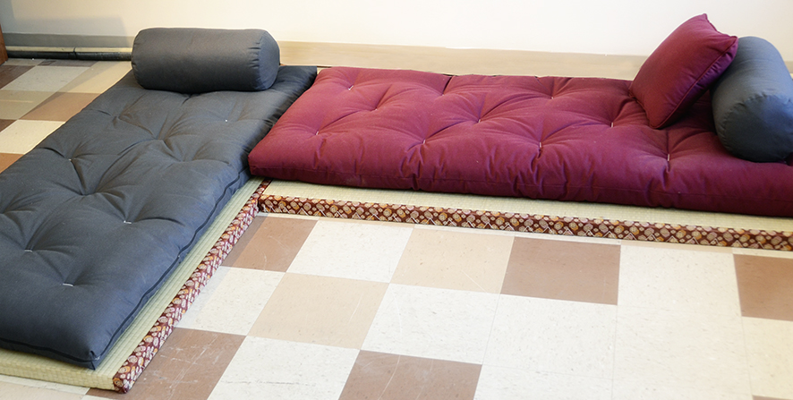 Tatami traditional style  Futon dor  Natural