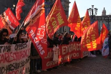 Le proteste dei lavoratori Embraco contro i licenziamenti