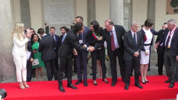 Al Salone dell'Auto di Torino anche Danilo Toninelli (M5S) e Sergio Chiamparino (PD)