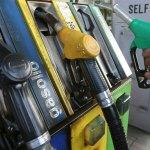 Il petrolio cala ma la benzina no, perchè?