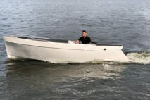 Chaloupe sloep tender 600