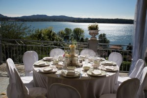Romantic Wedding on Pusiano Lake