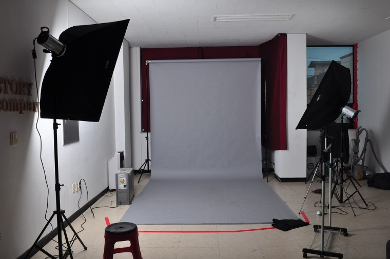 Backdrop Stands2 - The 7 Best Backdrop Stands to Make your Photos Stand Out