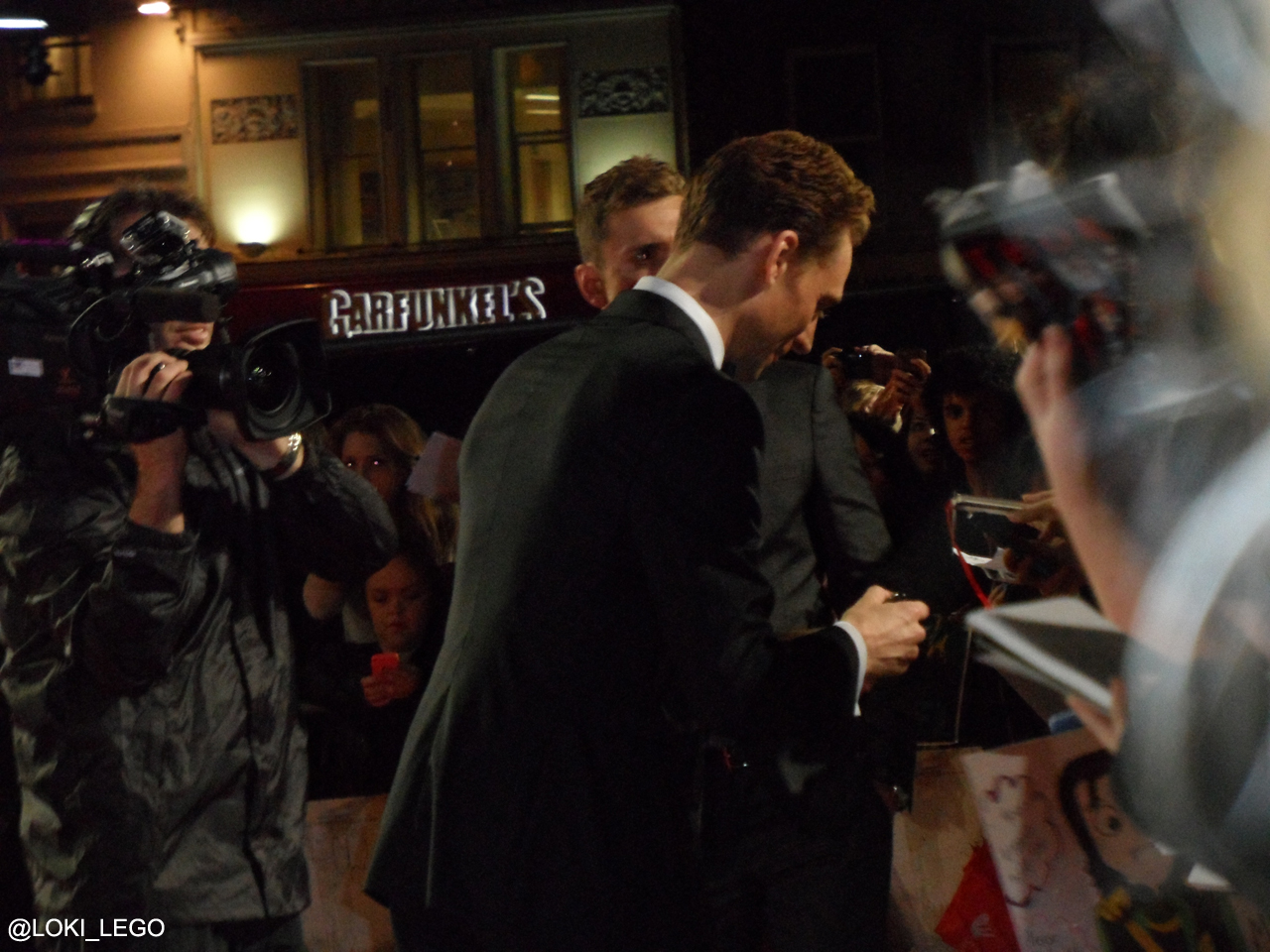 thor-2-premiere-tom-hiddleston-4