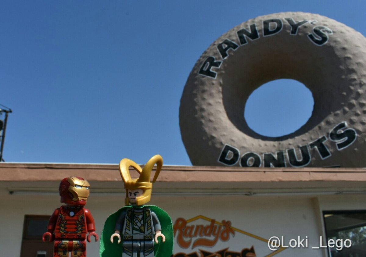 Location Visit: Randy's Donuts, as Featured in Iron Man 2