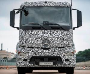 Mercedes-Benz Urban eTruck front