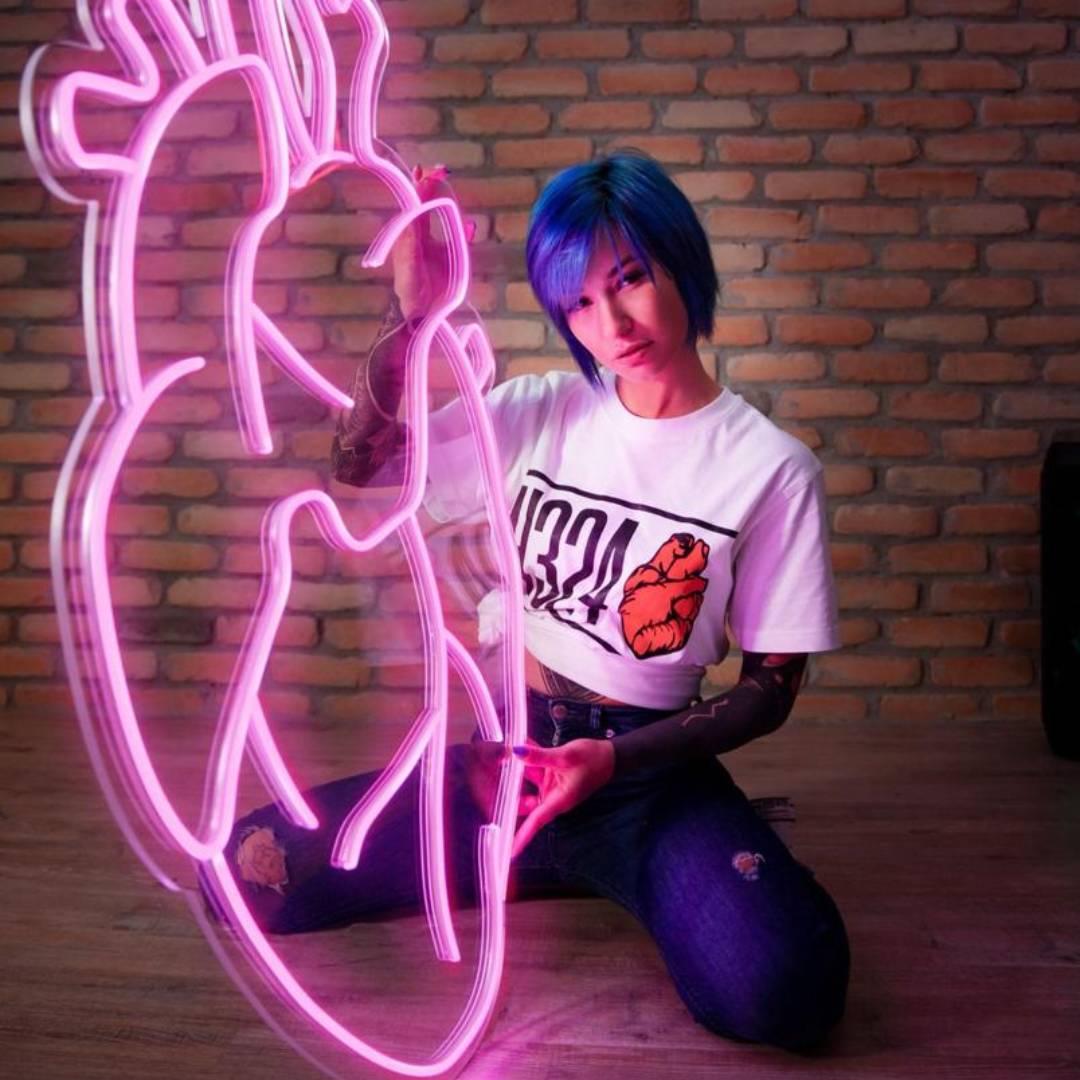 neon mood 5