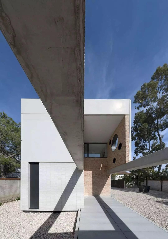 IA House 11