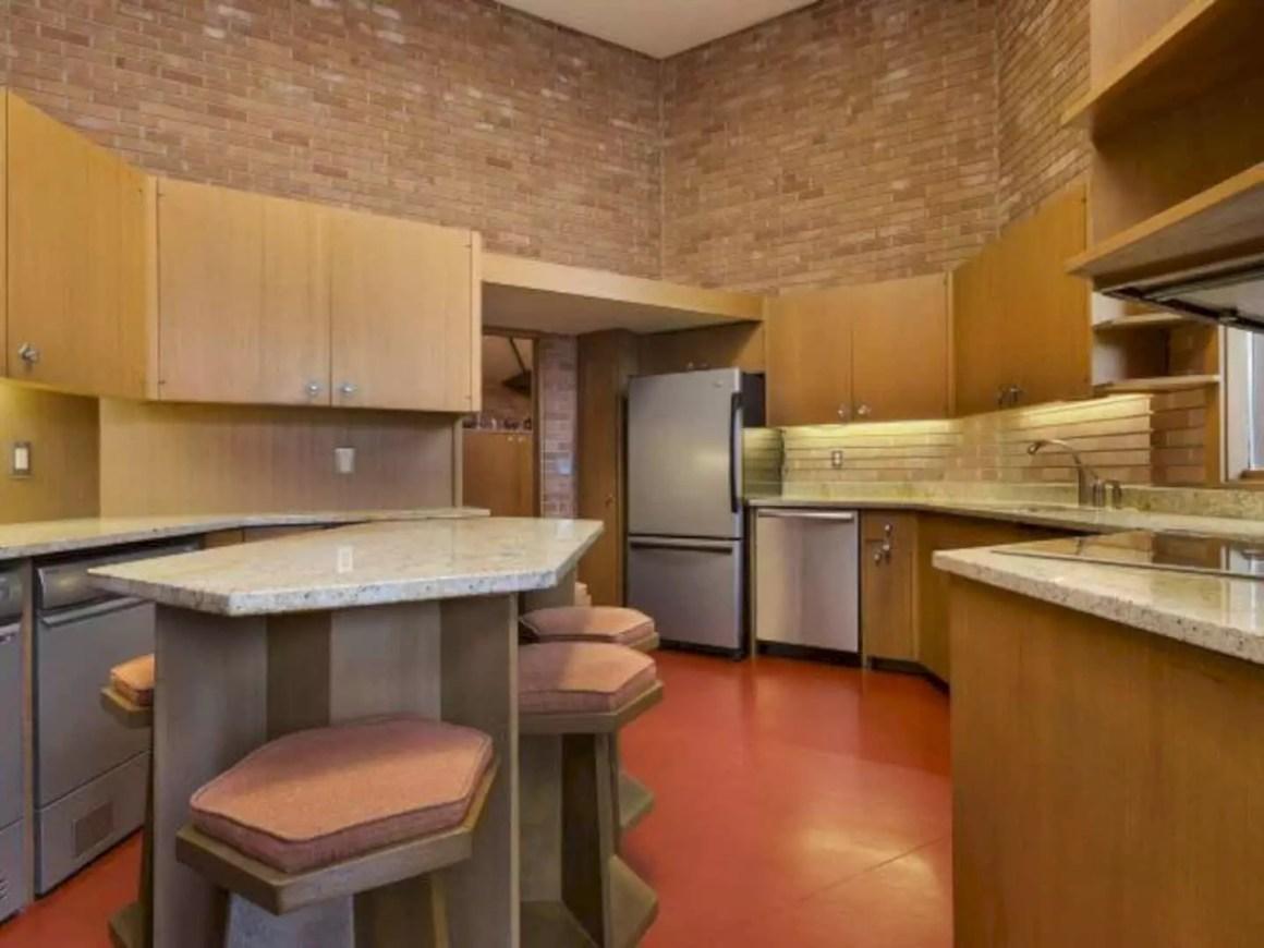 2206 Parklands Lane Incredible Light Filled Residence In Minnesota 6
