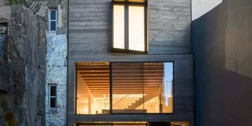 House S A Light Filled House With Uncommon Shades In Porto 11