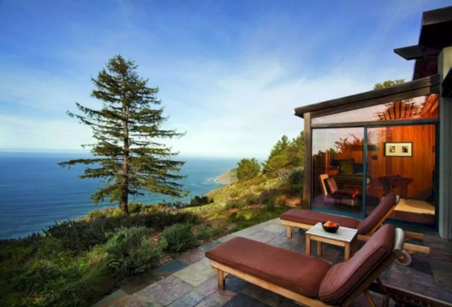 The Post Ranch Inn: A Rustic, Eco Luxury Hotel Overlooks the Pacific