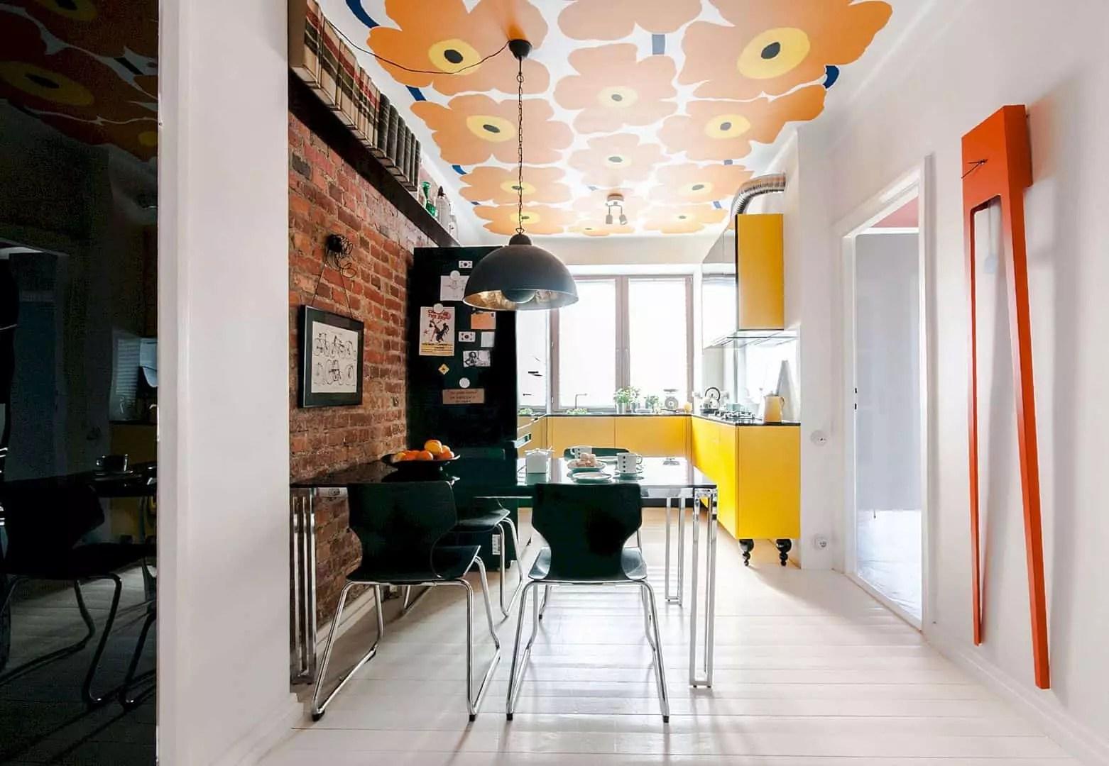 Kamienica Warszawa: A Classic Apartment with Minimalist and Scandinavian Interior Design