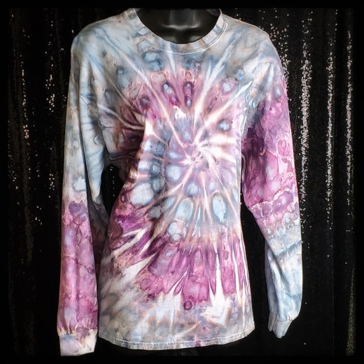 Long sleeve shirt tie dye