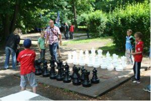 Freiluft-Schachbrett 2013
