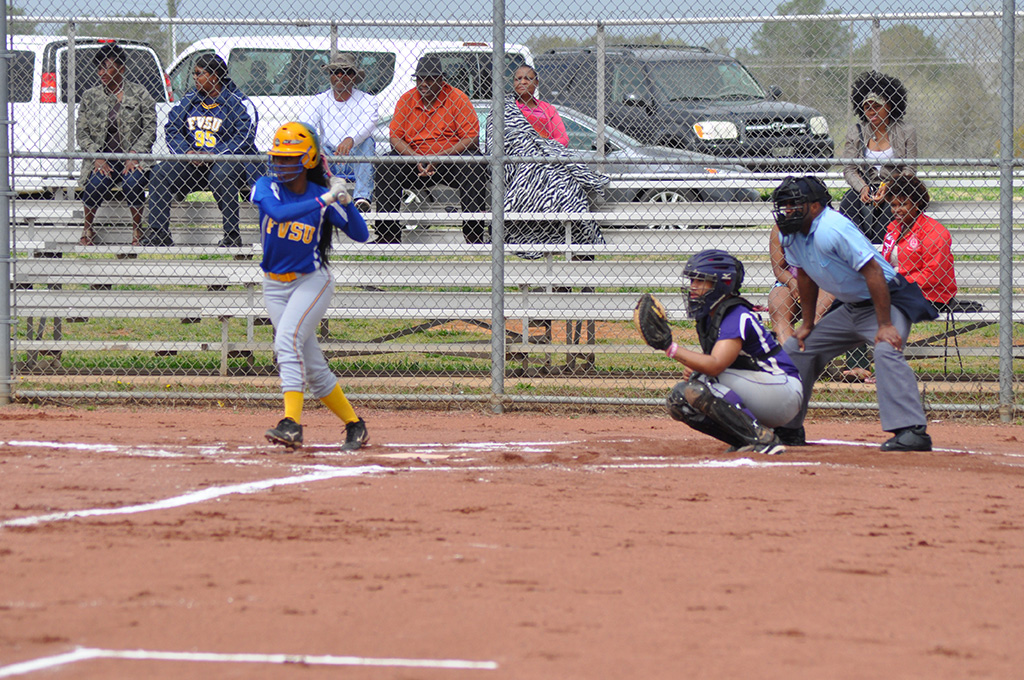Lady Wildcats Softball Sweeps Benedict to Remain in Second Place