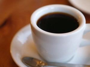 俺「1杯100円の新規コーヒーチェーンを始める!」お前ら「無理無理w」俺「事業計画書(スッ」