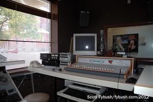 WTHI-FM: front production room