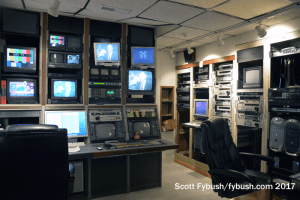 UNO TV control room