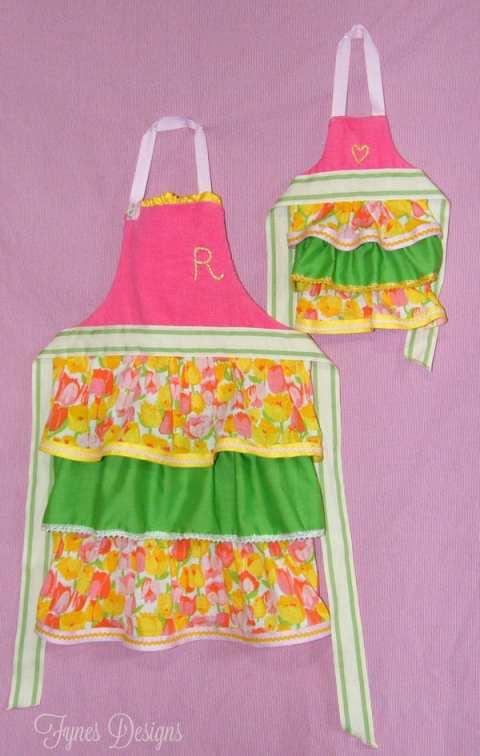 ruffled toddler apron tutorial