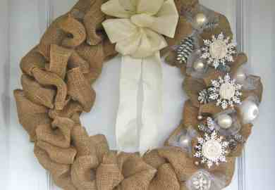 Burlap Christmas Wreath Ideas